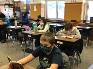 5th graders reading