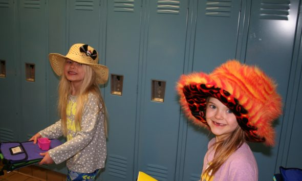 News students wear hats for hat day